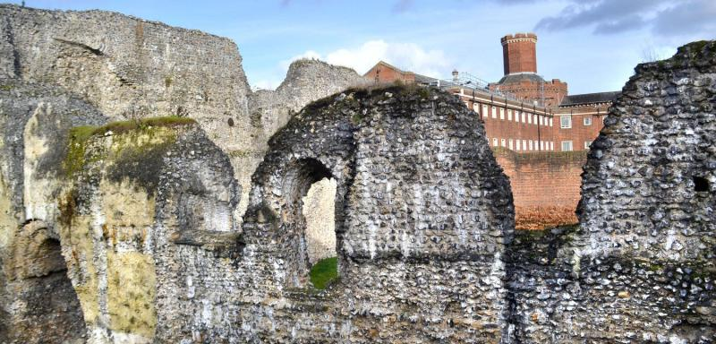 Reading Abbey Ruins with the Victorian Prison