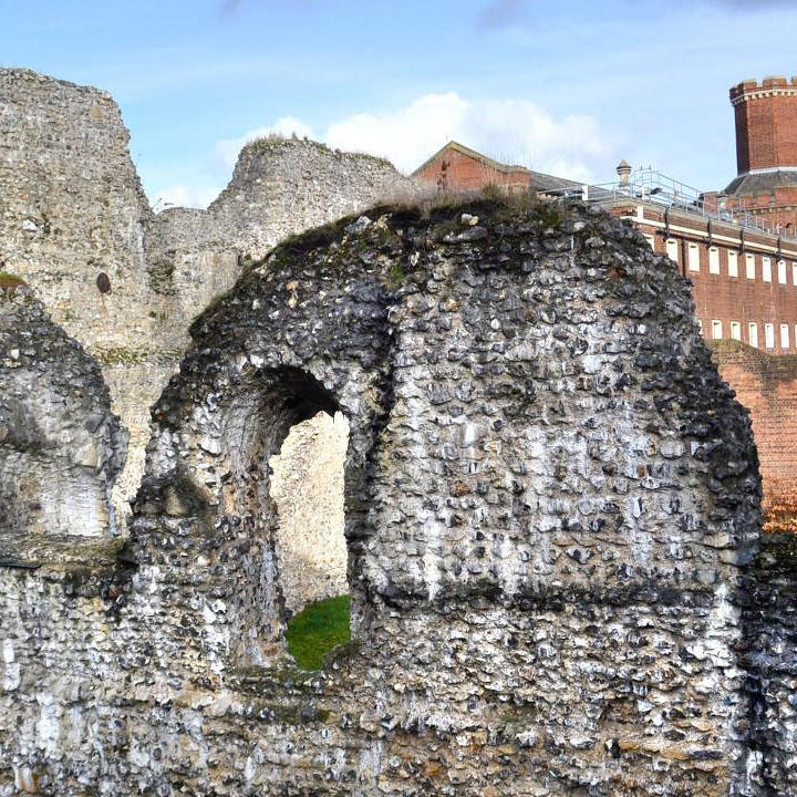 Reading Abbey Ruins with the Reading Gaol in the background.